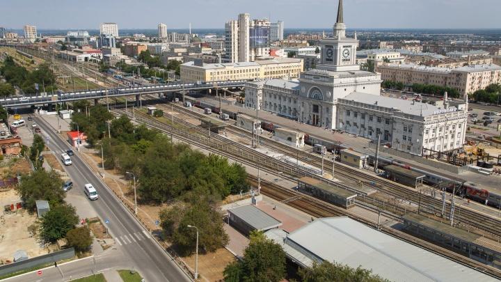 Британец в поезде Москва — Волгоград пытался отобрать пистолет у полицейского