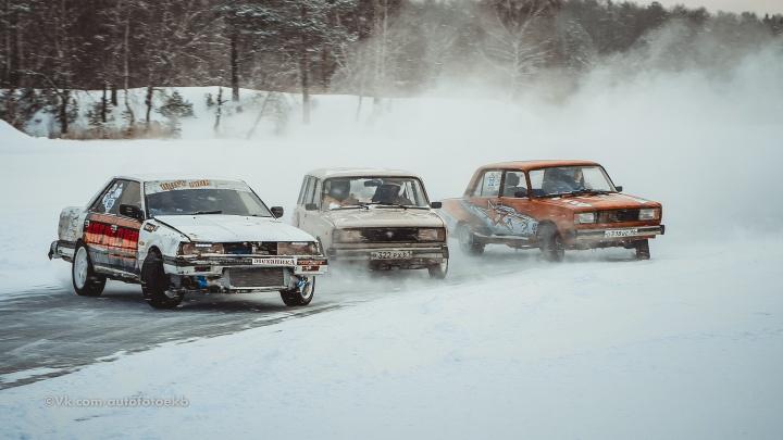 «Казаки — это гвоздь программы»: фоторепортаж с гонок на Балтыме, которые пытались сорвать