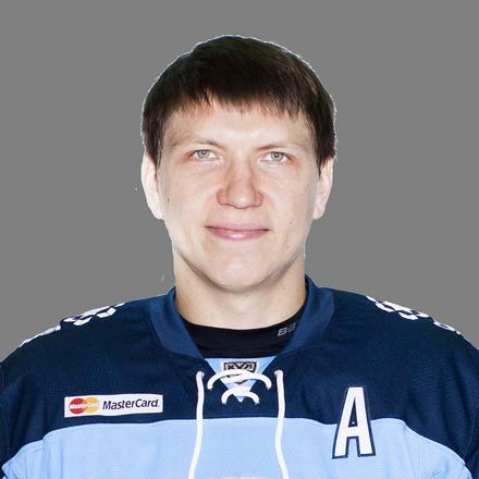 Кроме Степана Санникова в список основного состава вошли 49 человек