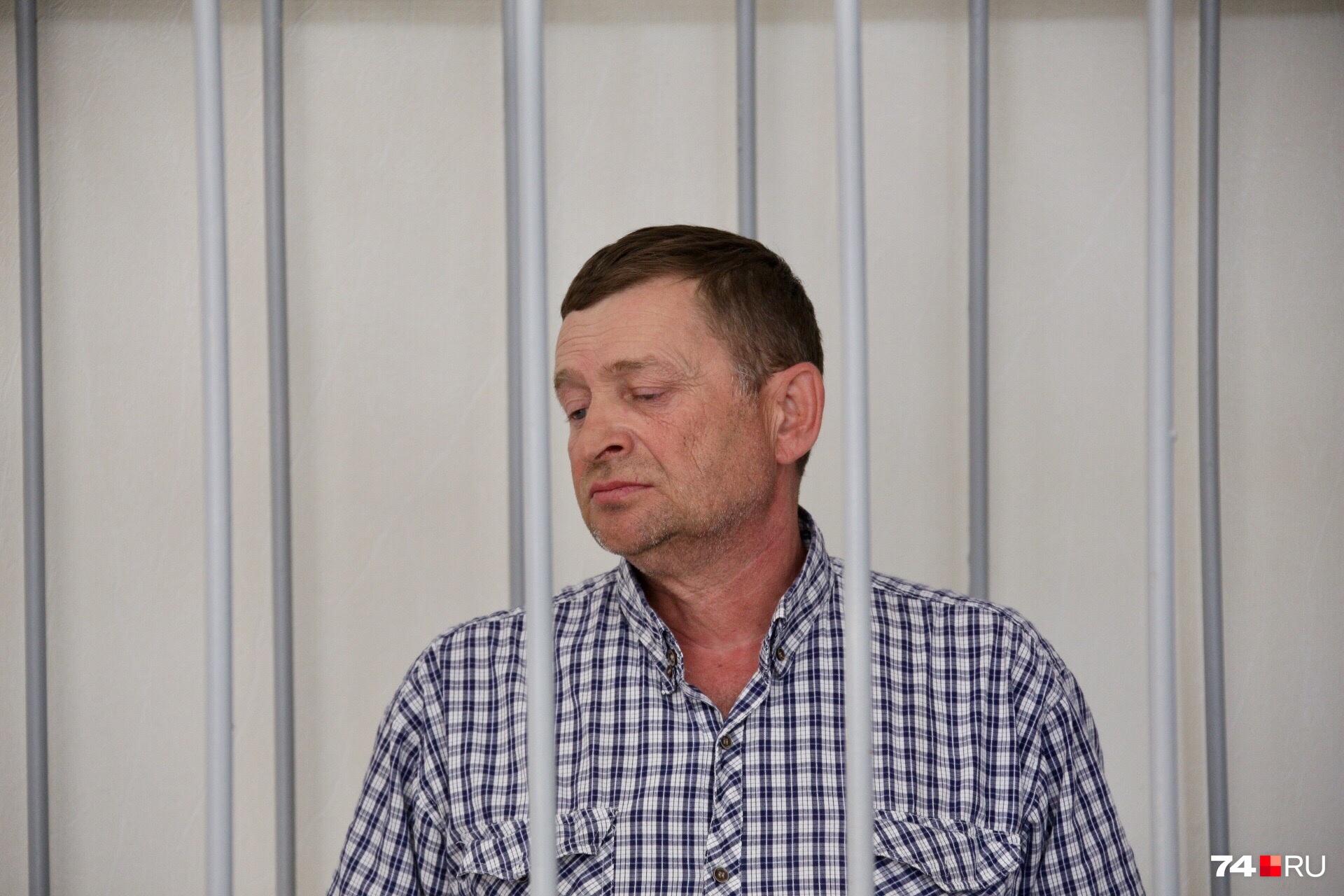 Азат Зарипов, по его словам, не смог закрыть глаза на поведение жены, которая решила уйти от него