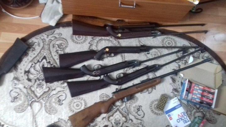 Ярославское УФСБ накрыло банду, наладившую торговлю оружием