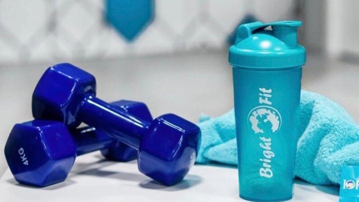 Крупнейшая сеть фитнес-клубов призвала отказаться от пластиковых стаканчиков