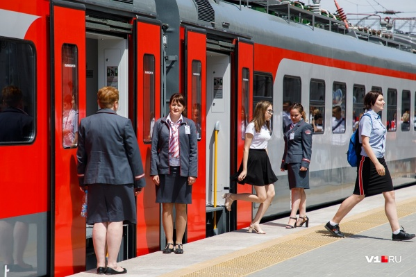 «РЖД» пустит в майские праздники 500 дополнительных поездов по всей России