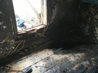 В сгоревшем доме в Кетовском районе нашли тела двух мужчин