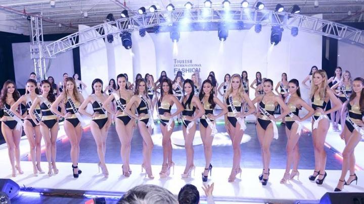 Красноярская участница вошла в топ-15 мировых красавиц в купальниках