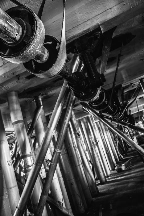 Крепость с космонавтами: гуляем по старинной мельнице у вокзала и смотрим, как её меняют для богачей