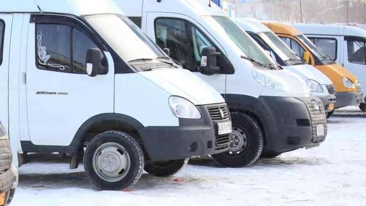 «Солярка превратилась в кисель»:восемь автобусов сошли с линии после заправки на АЗС