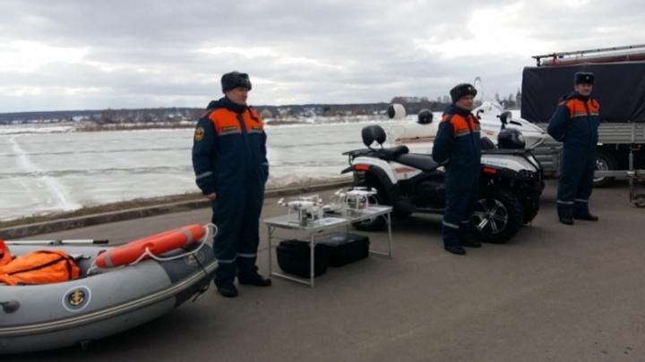 «Река готовится к вскрытию»: специалисты и техника готовы к началу ледохода в Поморье