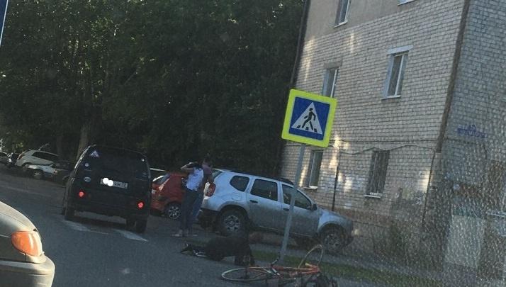 На улице Мира легковушка сбила велосипедиста