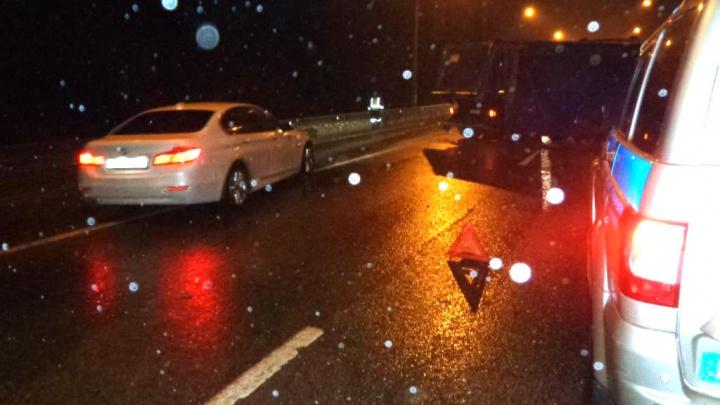 Засмотрелся на раздавленный джип: в Ростовском районе случилось ещё одно ДТП с пострадавшим