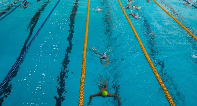 В Нижнем Тагиле на тренировке по плаванию погиб 7-летний мальчик