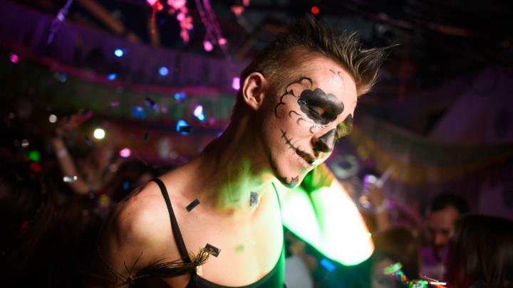 Лихие 90-е, балет и Клава Кока: где отметить Halloween и провести праздничные дни