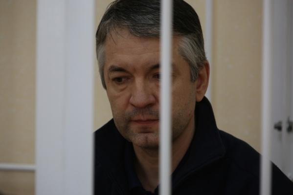 Бывшего чиновника сибирского управления Росрезерва Илгиза Гарифуллина судят по делу о получении взяток