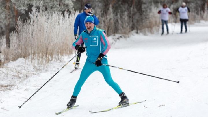 «Хоть ненадолго выпал снег»: волгоградцев зовут кататься на лыжах