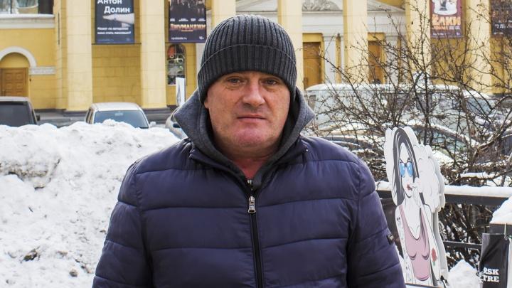 Верните «Крузера»: новосибирец купил дорогой джип —дилер отнял его через месяц