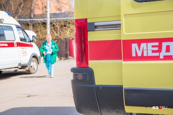 На место происшествия вызвали скорую, но мужчина умер