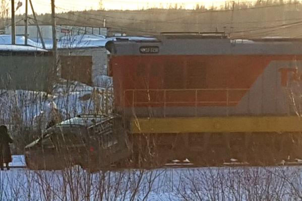 ДТП произошло на переезде по дороге в гаражи на проспекте Революции в Рыбинске