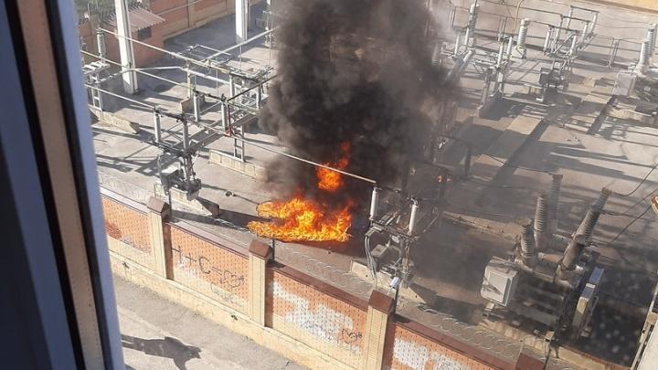 В Ростове на Гвардейской площади произошел взрыв на электроподстанции: онлайн-трансляция