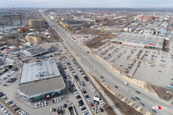 На содержание шоссе Авиаторов потратят больше 15 миллионов рублей