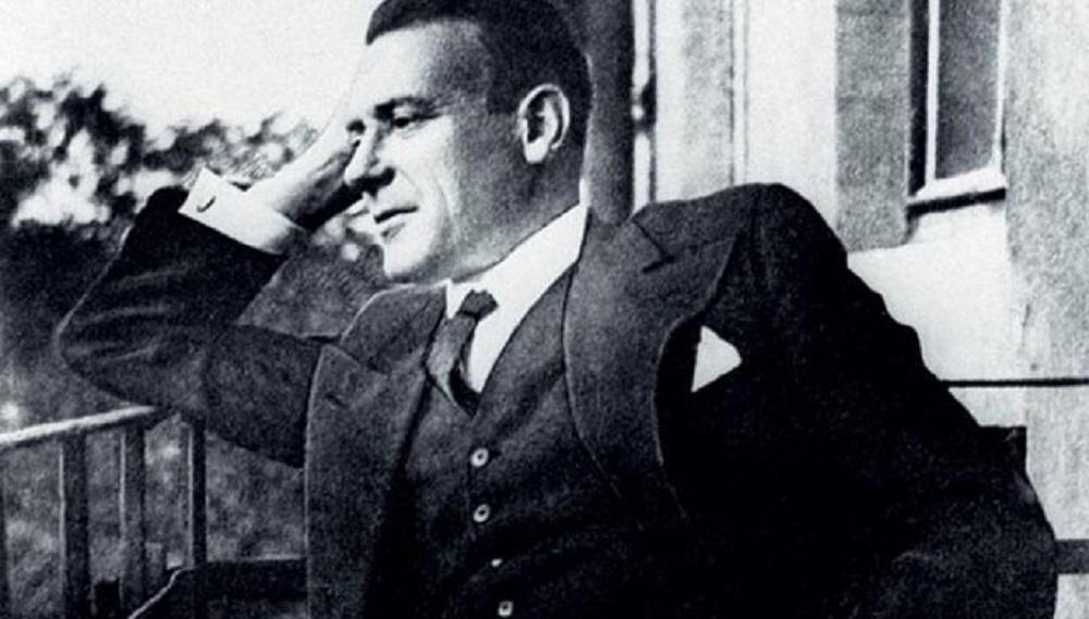 Нескучные будни: читаем Булгакова, отрываемся с «Пошлой Молли» и прощаемся с «Игрой престолов»