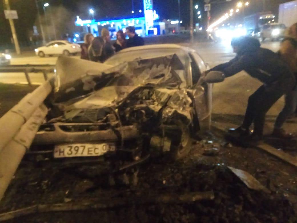 «Поворачивала налево не глядя»: жёсткое ДТП на Объездной снял видеорегистратор