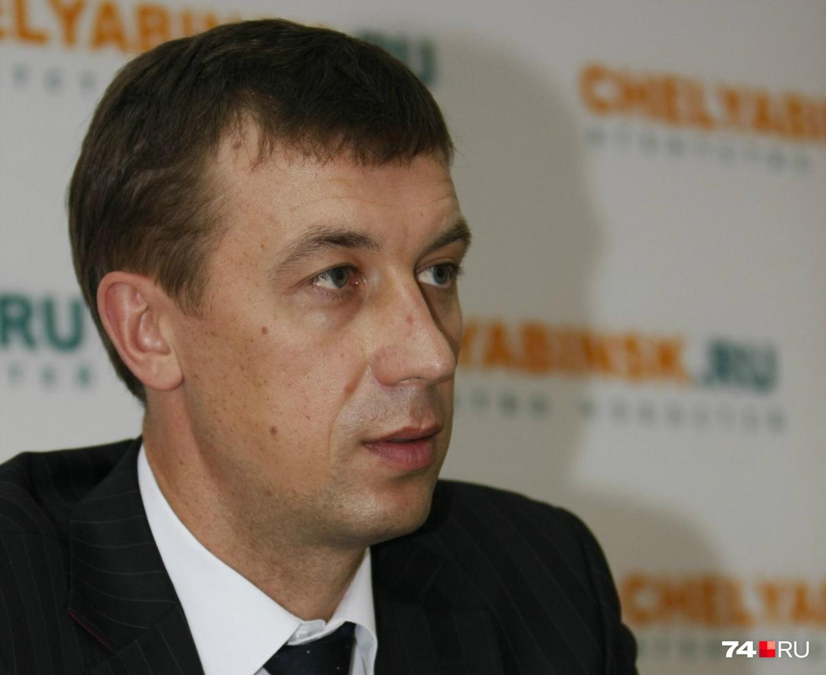 Николай Шиманович четыре года был мэром Трёхгорного, а сейчас работает адвокатом