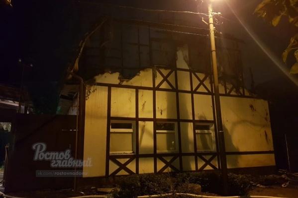 Пожар в частных домах начался ночью