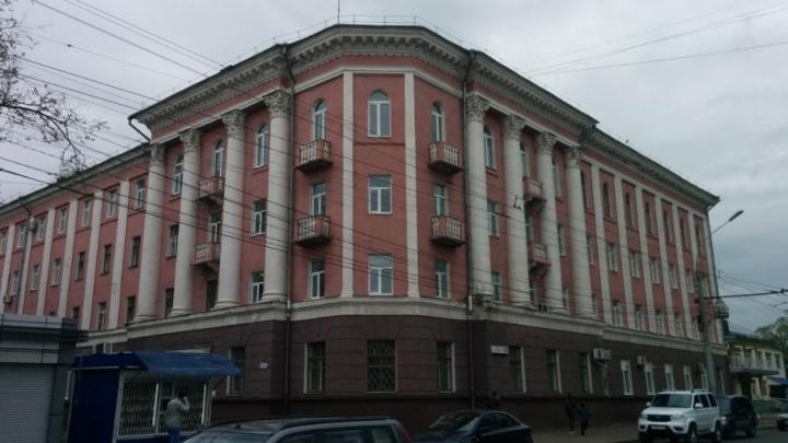 Стала известна судьба здания треснувшей больницы на проспекте Ленина
