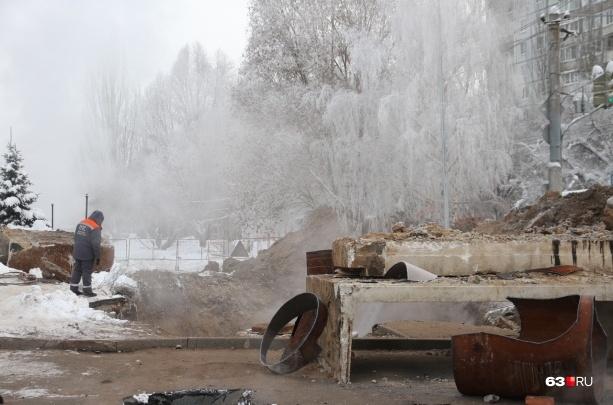 МинЖКХ пригрозило «ПТС» уголовными делами за двойной прорыв теплотрассы на Стара-Загоре