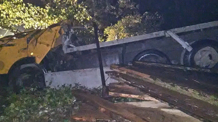 На башкирской трассе погиб водитель КАМАЗа и его пассажир