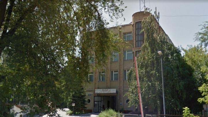 На Московском шоссе снесут 4-этажный самострой