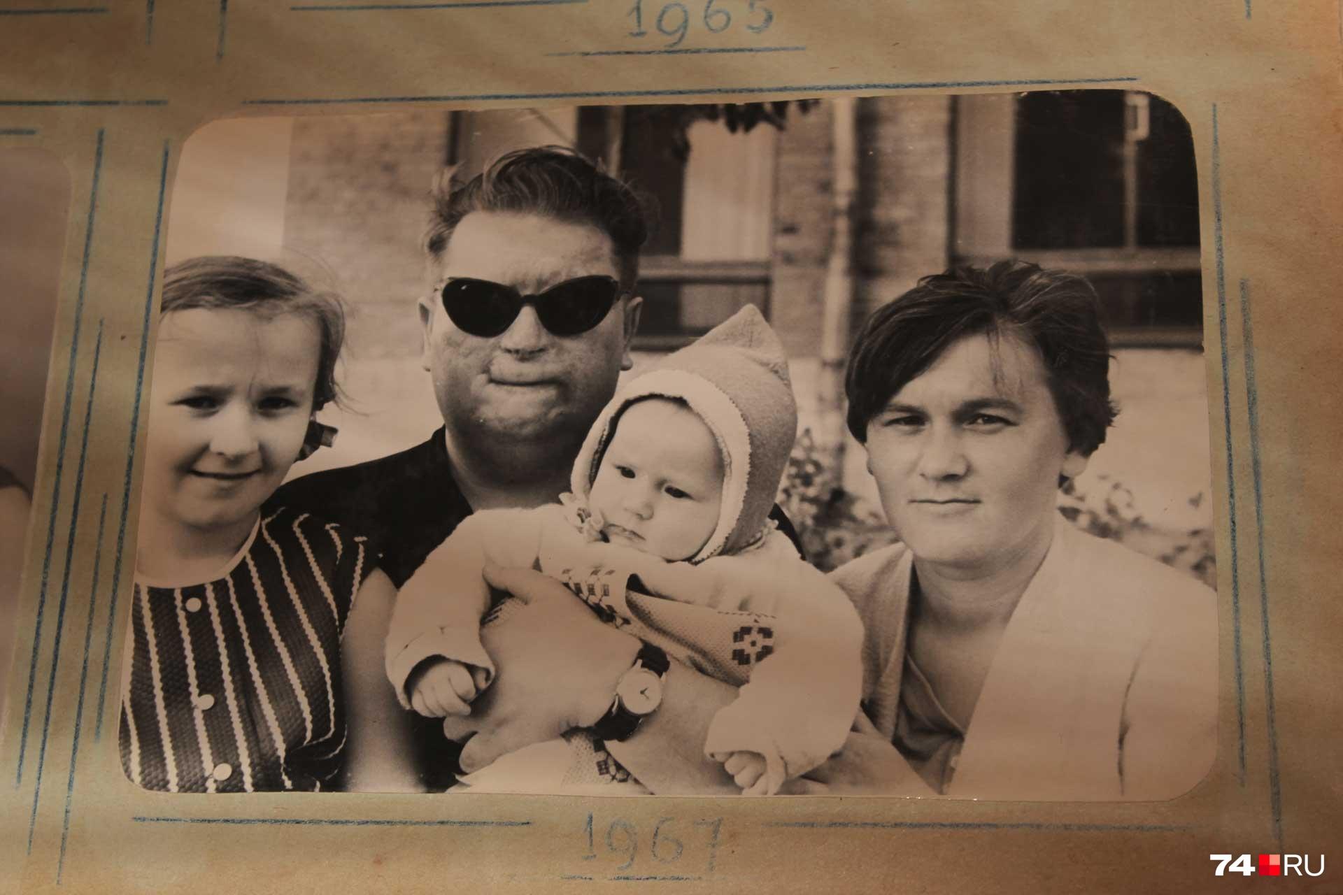 В начале 2000-х годов дочь Вишева погибла, а вскоре не стало и его жены