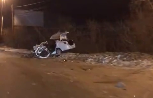 В Кургане в столкновении внедорожника и иномарки погибла девушка