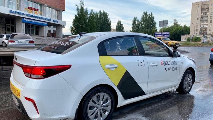 Новосибирские водители и таксисты устроили ажиотажный спрос на корейскую KIA Rio