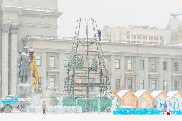 Высота главного символа праздника будет 25 метров