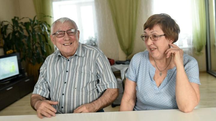 «Она меня поймала и женила»: история екатеринбуржцев, которые 50 лет счастливы вместе