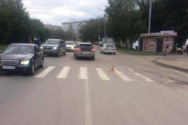 Место аварии на улице Зорге обозначено фишкой