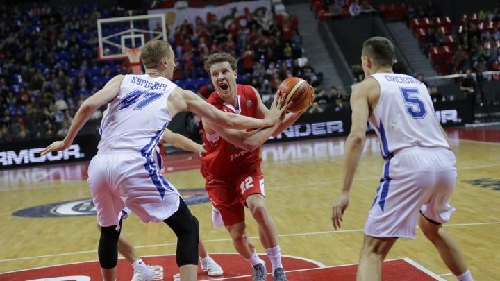 Баскетбол: БК «Новосибирск» проиграл «Локомотиву-Кубань»