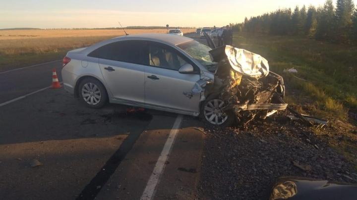 В Башкирии в лобовом ДТП ВАЗ-2110 и«Шевроле-Круз» погиб пассажир