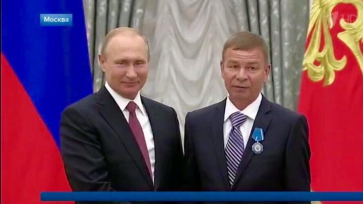 Путин вручил орден Почёта токарю РКЦ«Прогресс»Александру Паркаеву