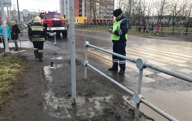 В Рыбинске КАМАЗ сбил ребёнка на переходе