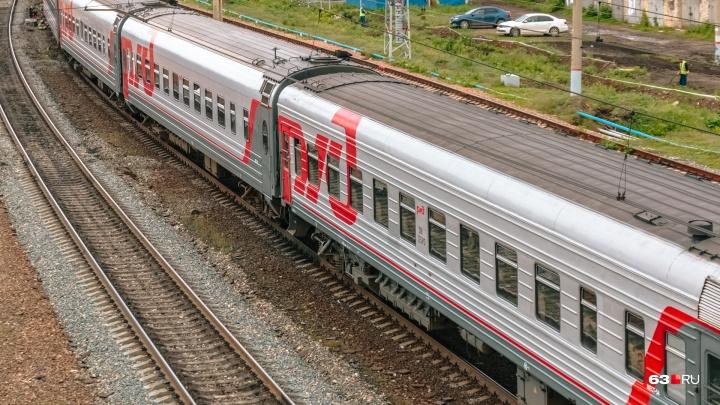 Забил прутом и сбежал: под суд отдали мужчину, который ограбил иностранца в поезде