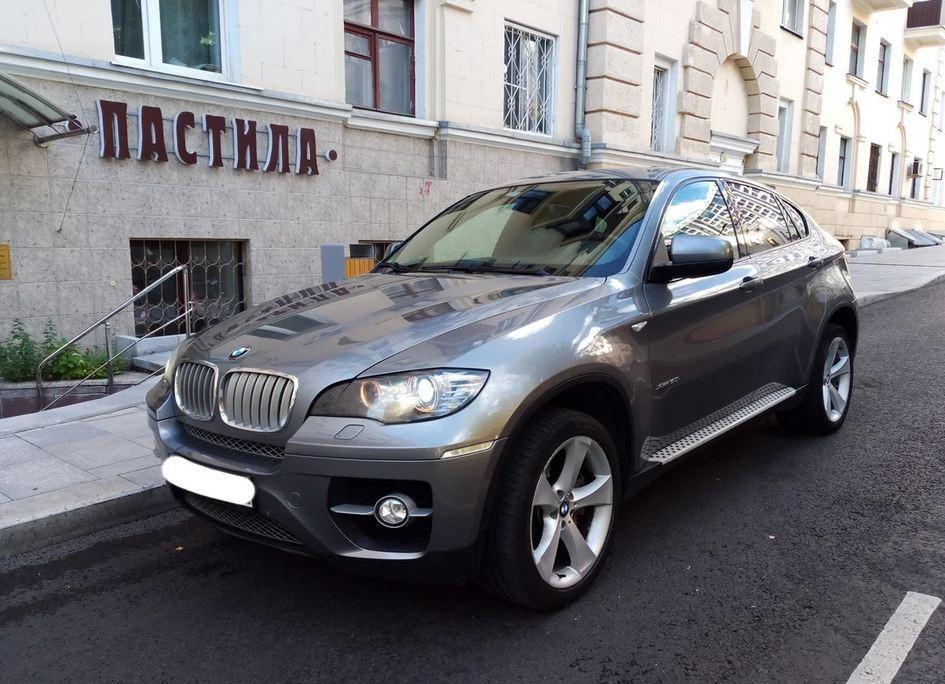 Не машина, а пастила: за этот BMW X6 просят миллион рублей. Но нужно быть готовым к серьезным расходам, чему способствует привлекательность модели для угонщиков, а также агрессивный стиль езды, свойственный многим поклонникам марки