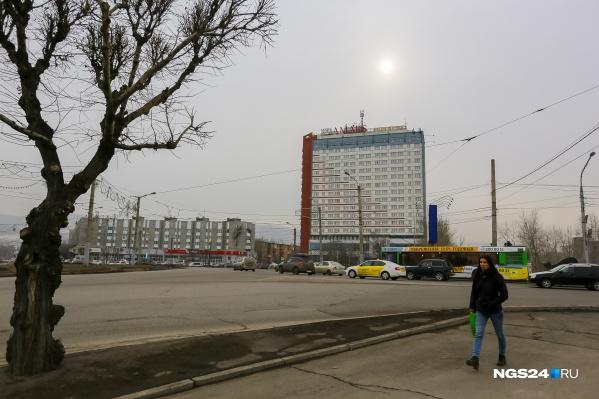 Участки находятся на Предмостной площади, у «Планеты-Красноярск»