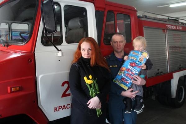Награждение было в пожарно-спасательном гарнизоне города Красноярска
