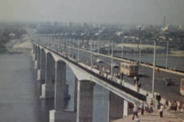 Мызинский мост открыли 21 августа 1981 года