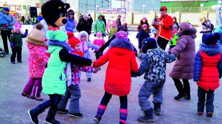 «Расступайся, народ — Масленица к нам идёт!»: в Екатеринбурге с размахом проводят зиму