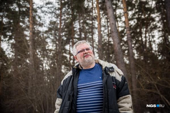 Бизнесмен изготавливает хамон в собственном коттедже, расположенном среди сосен