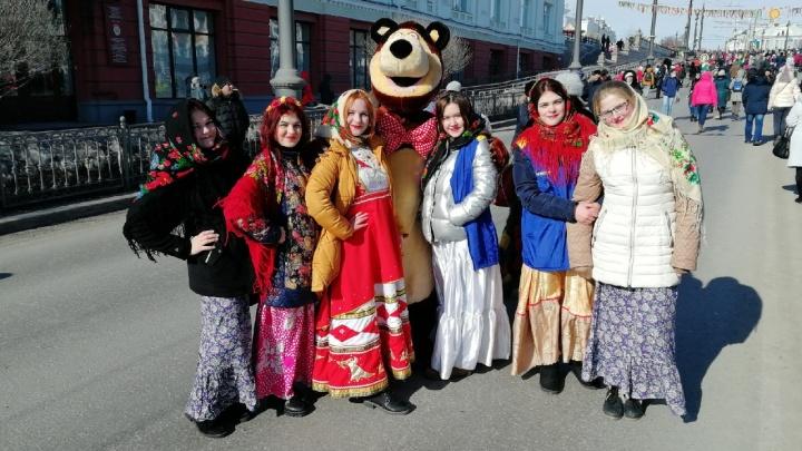 С Масленицей! Как проходит весенний праздник в Омске