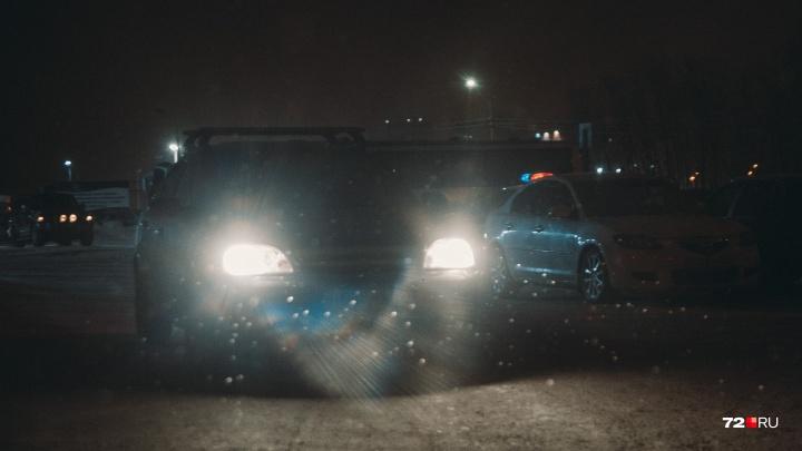 Тюменка, попавшая в ДТП на плохой дороге, отсудила у известных дорожников 150 тысяч рублей